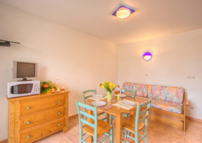 6_rue_de_pavigny-residence_des_thermes-appartement_33-t2-img_6334_hdr_tm_lzn_web_2048