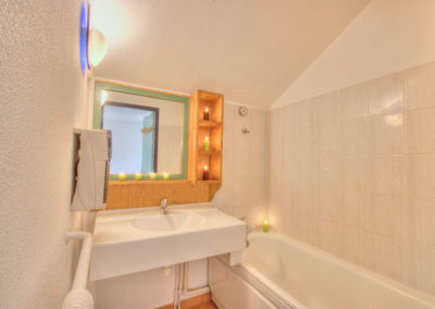 6_rue_de_pavigny-residence_des_thermes-appartement_33-t2-img_6376_hdr_tm_lzn_web_2048
